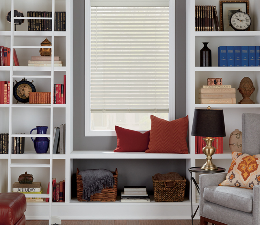 faux wood blinds Hunter Douglas Austin 78758