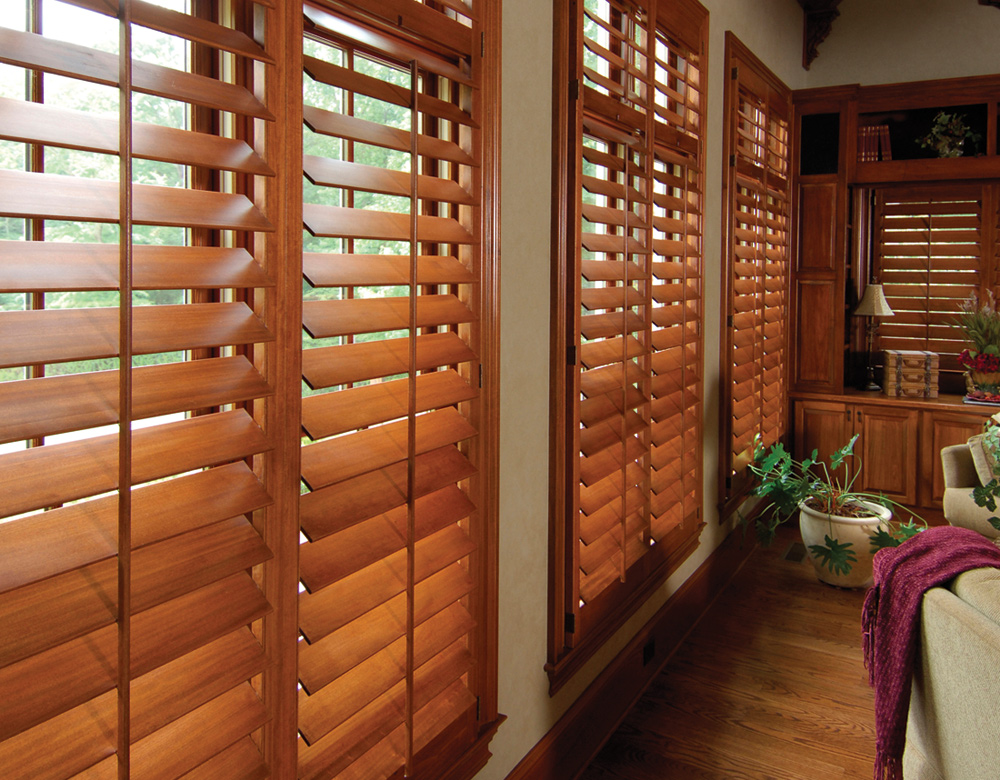 Austin Window Fashions plantation shutters with tilt bar interior plantation shutters Austin 78738