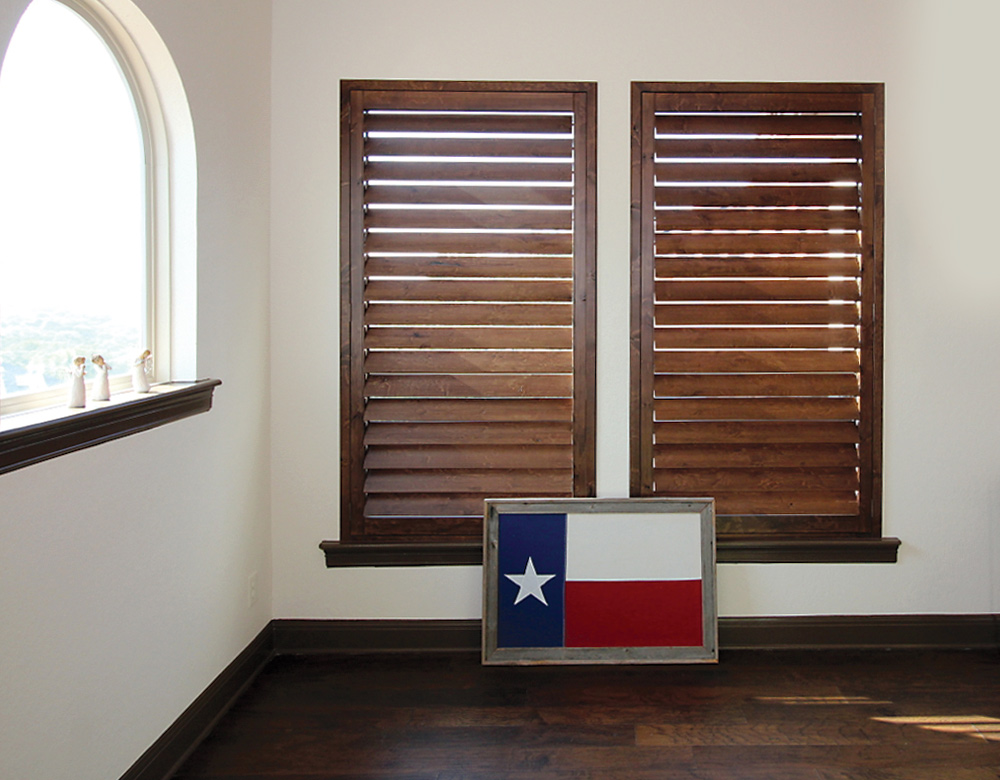 Plantation Shutters with Texas Flag Leander 78641