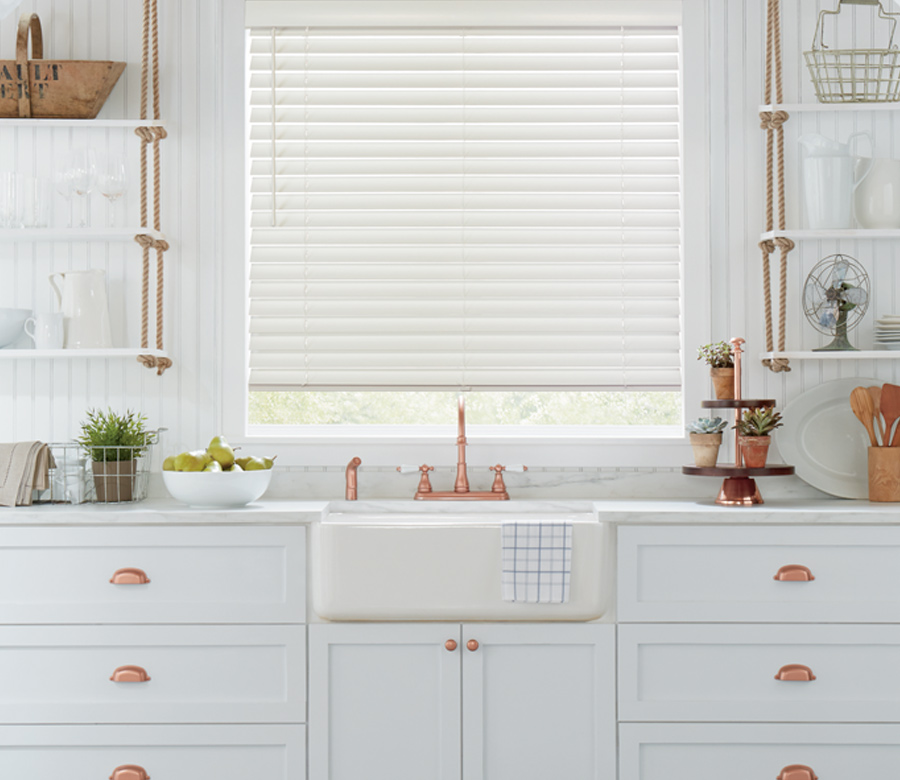 parkland wood blinds for the kitchen Hunter Douglas Cedar Park 78613