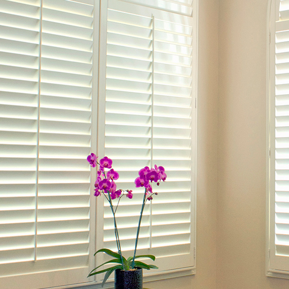 center tilt rod for shutter options plantation shutters Austin TX