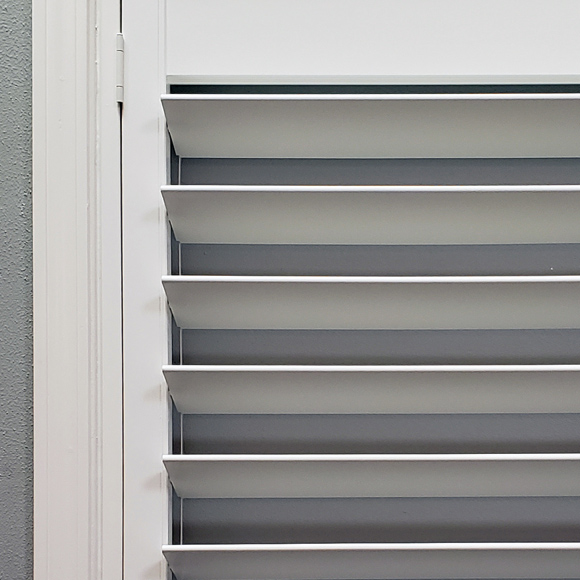 plantation shutter options for streamline standard wood shutters Austin TX